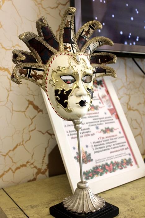 Вы просматриваете изображения у материала: Проверено на себе в салоне красоты Венеция